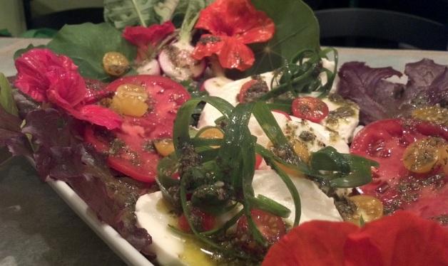 salad_greenchile_dress5