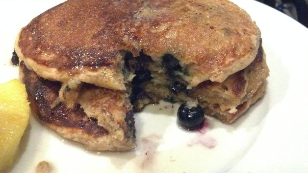blueberry buttermilk pancakes 4